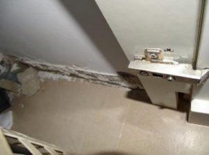 רטיבות בקומה עליונה - גלאור בדק בית